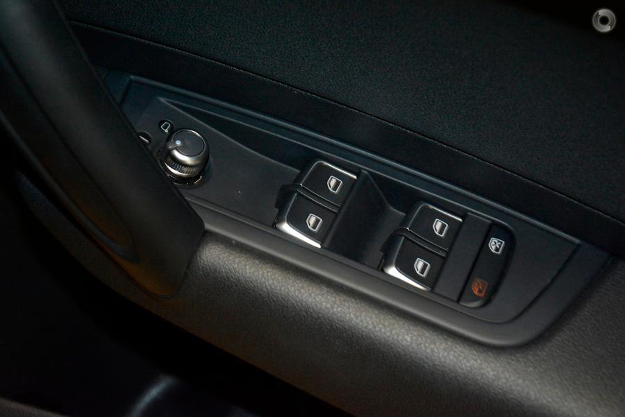 2016 Audi A1  8X