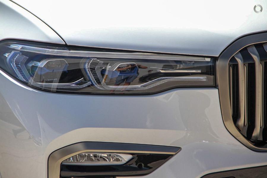 2019 BMW X7 M50d