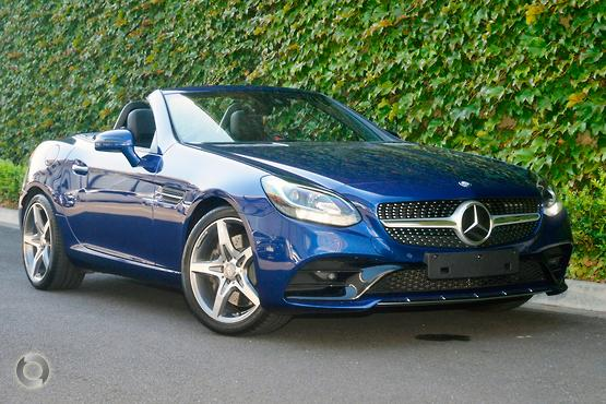 2016 Mercedes-Benz <br>SLC 300