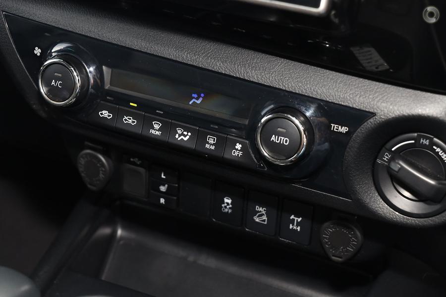 2018 Toyota Hilux SR5 GUN126R