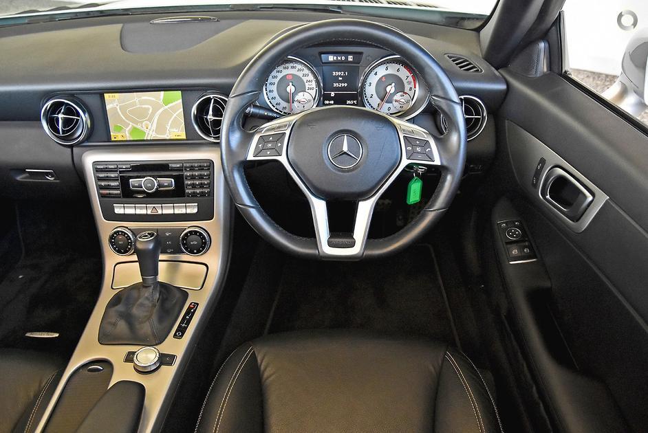 2011 Mercedes-Benz SLK 200 Roadster