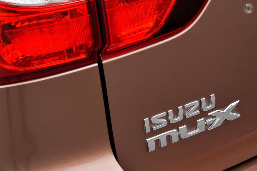 2016 Isuzu MU-X LS-U (No Series)