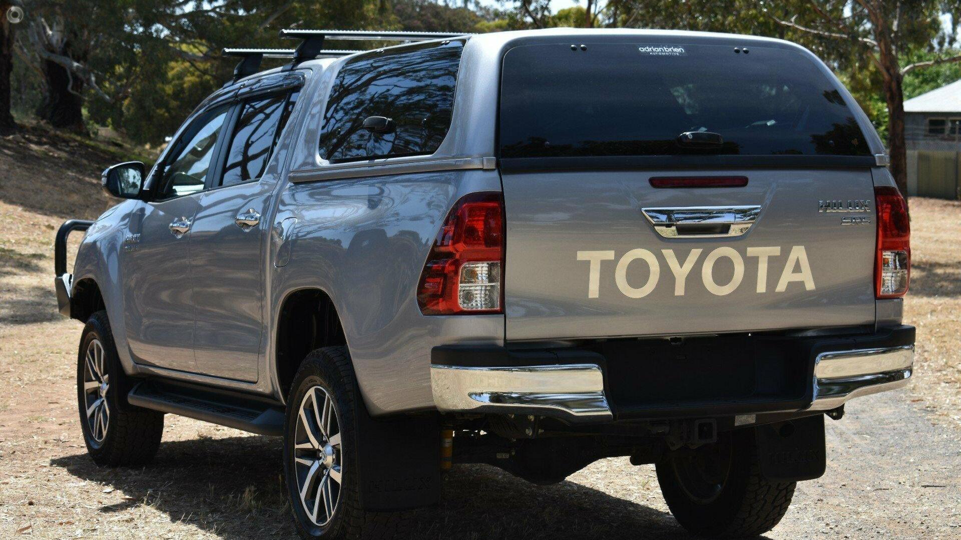 2016 Toyota Hilux SR5 GUN126R