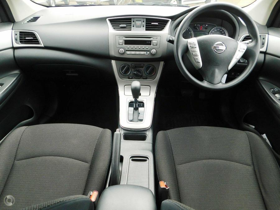 2015 Nissan Pulsar ST