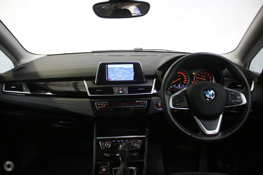 2015 BMW 218i Luxury Line