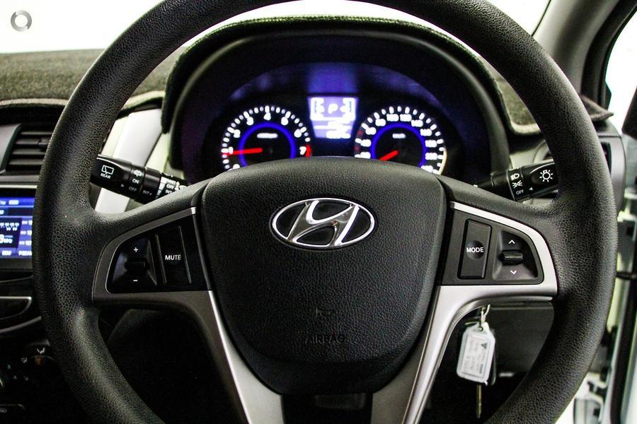 2016 Hyundai Accent Active RB4