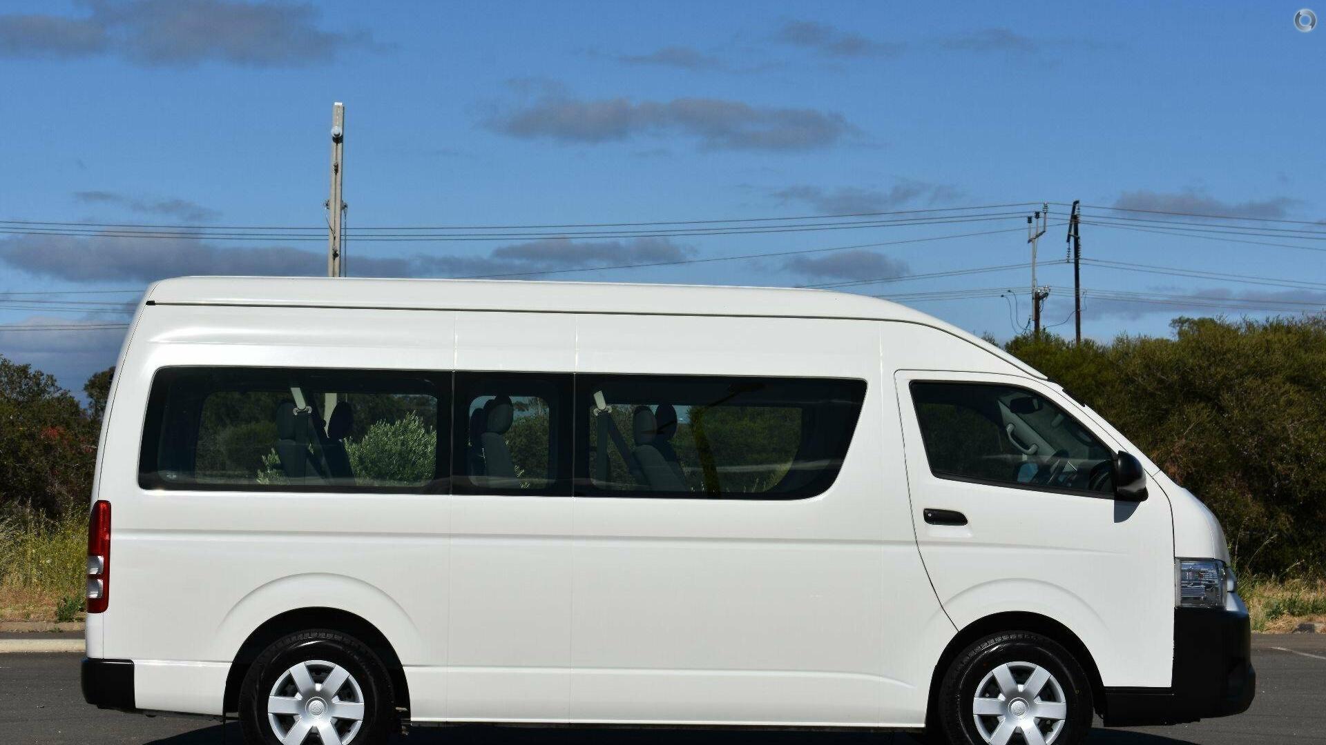 2016 Toyota Hiace Commuter KDH223R