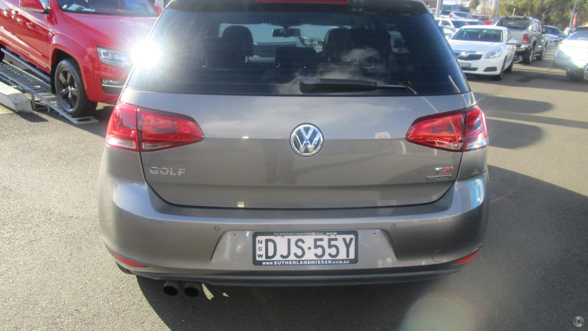 2013 Volkswagen Golf 103TSI Highline 7