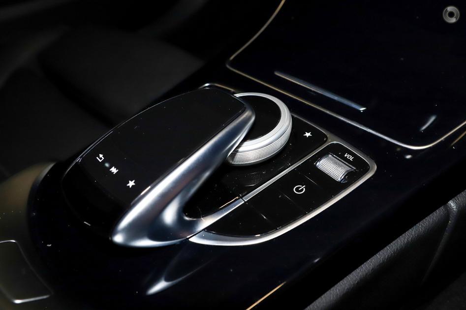 2017 Mercedes-Benz C 300 Sedan
