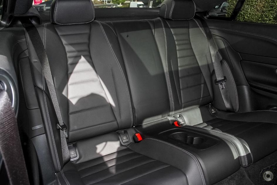 2017 Mercedes-Benz E 220 Coupe