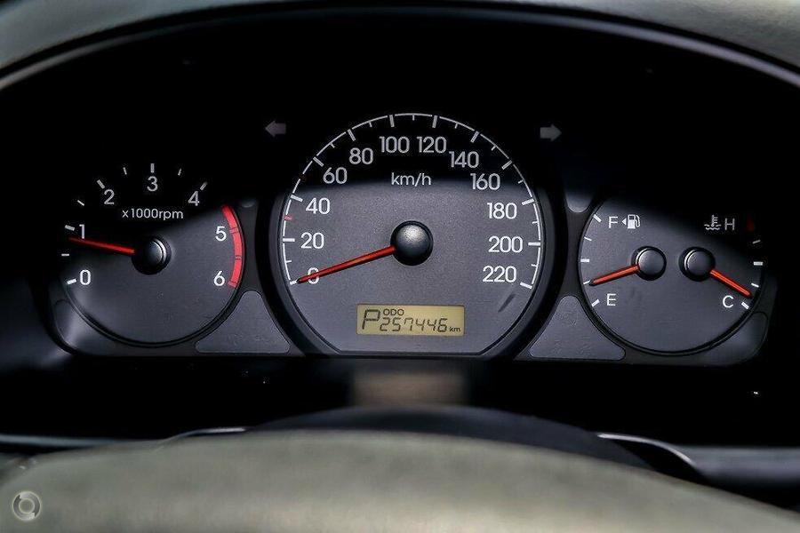 2012 Hyundai Iload  TQ2-V