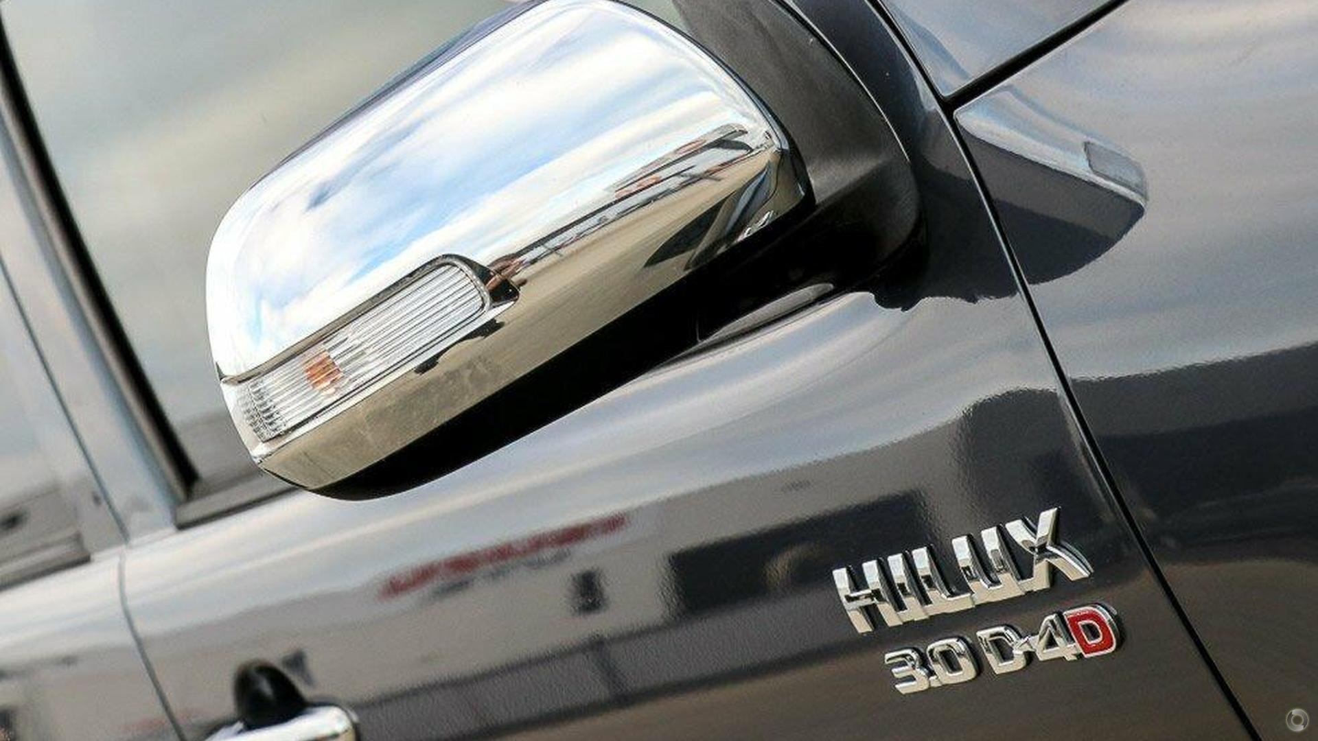 2011 Toyota Hilux SR5 KUN26R