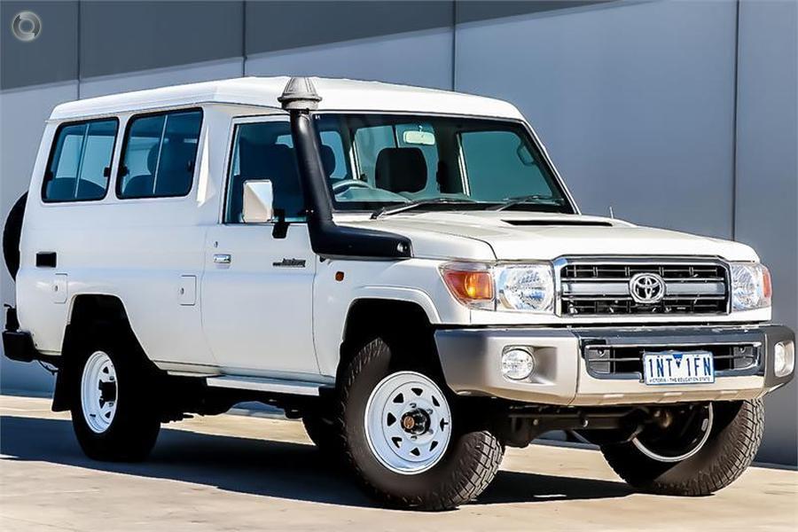 2014 Toyota Landcruiser GXL Troopcarrier VDJ78R
