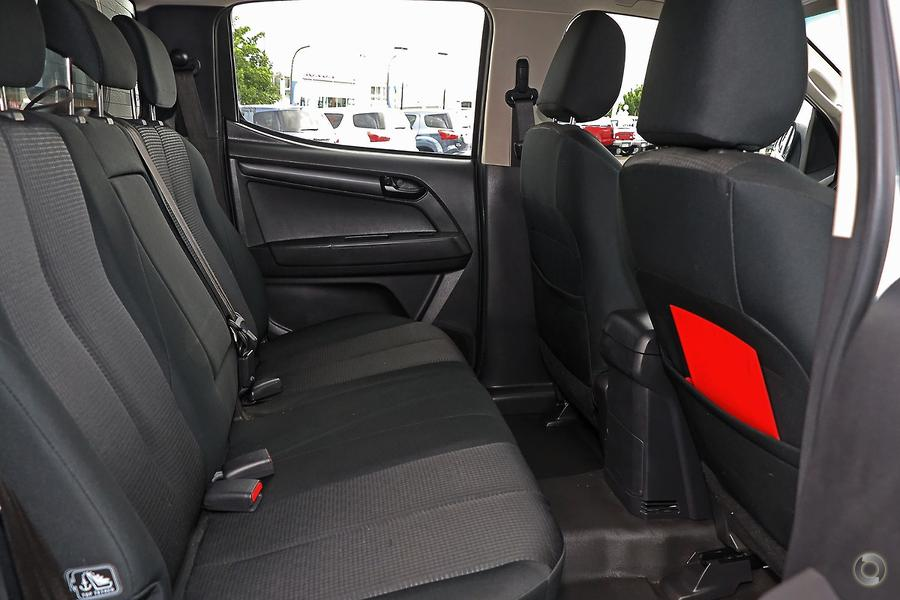 2016 Isuzu D-MAX SX