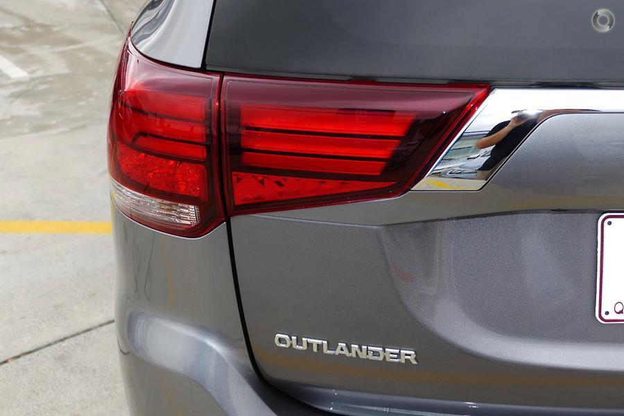 2018 Mitsubishi Outlander Exceed ZL