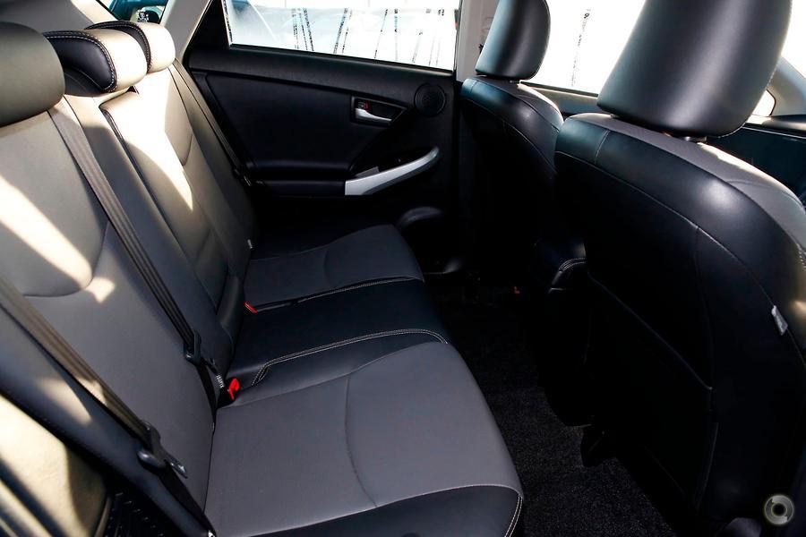 2012 Toyota Prius i-Tech ZVW30R