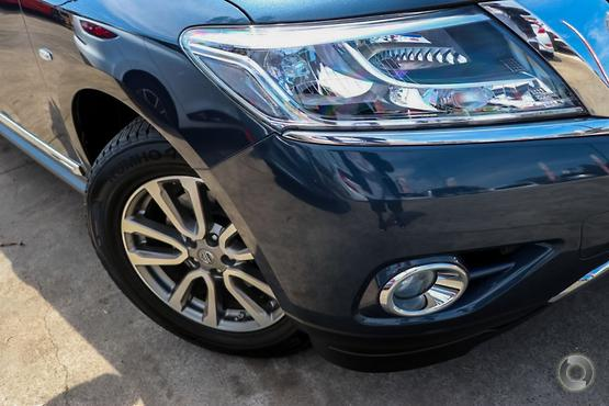 2015 Nissan Pathfinder ST-L
