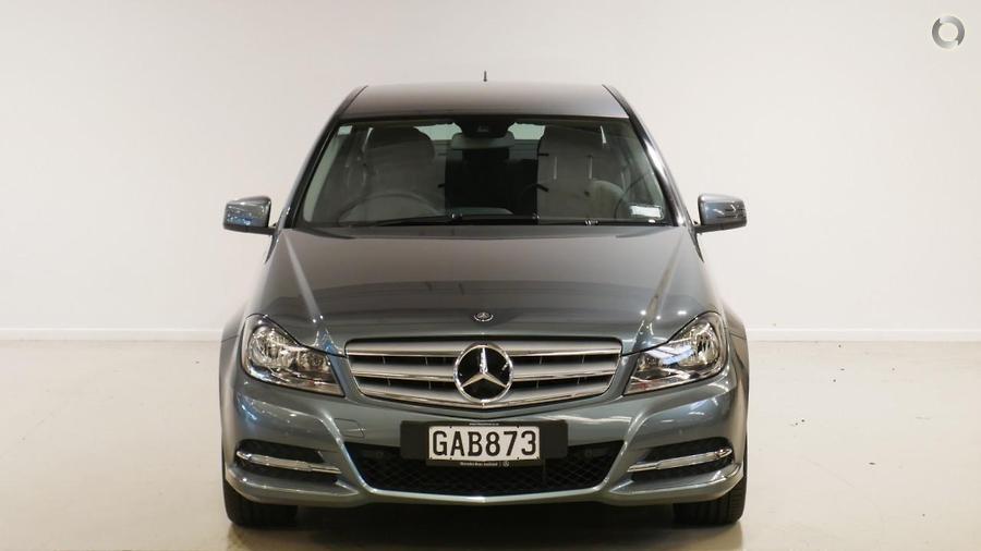 2011 Mercedes-Benz C 300 Sedan