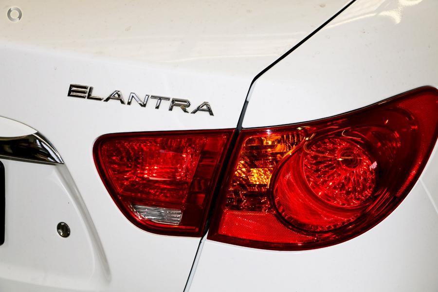 2009 Hyundai Elantra SX HD