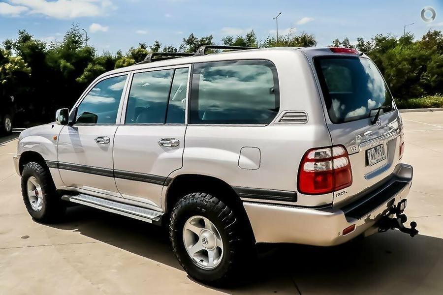 2005 Toyota Landcruiser GXL UZJ100R