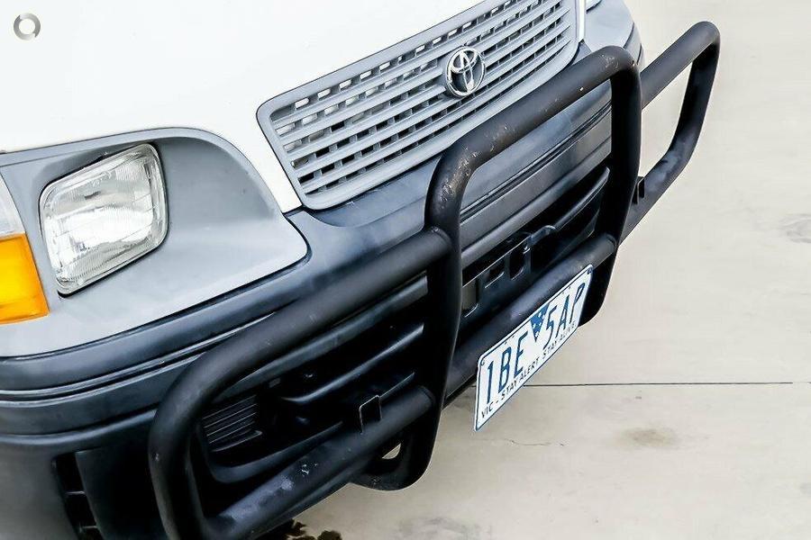 2002 Toyota Hiace Commuter LH184R