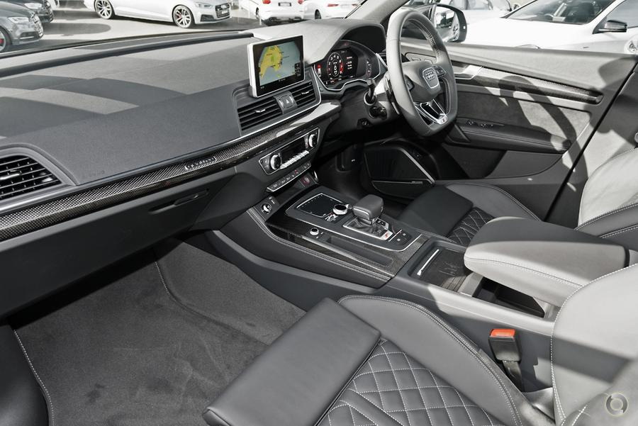 2019 Audi SQ5 Black Edition FY