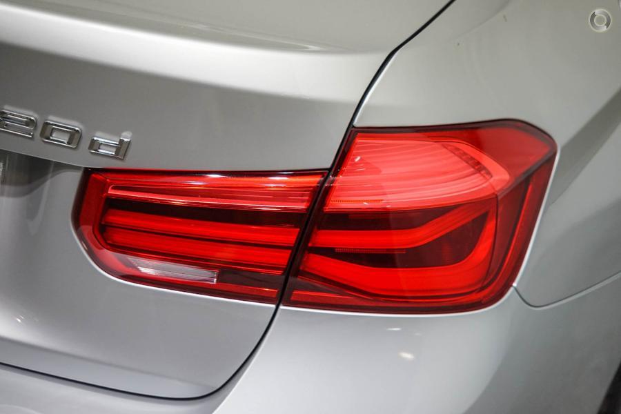 2018 BMW 320d Sport Line
