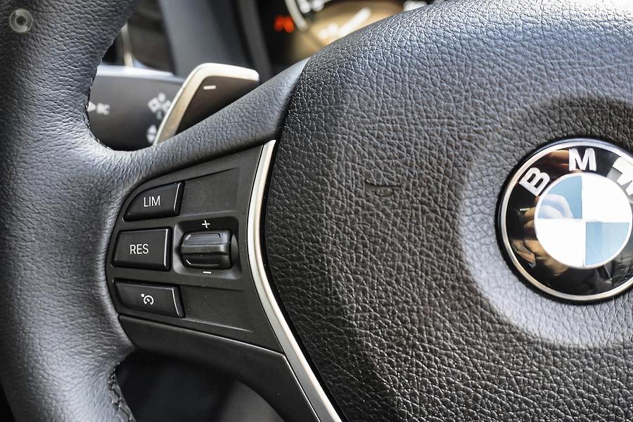 2018 BMW 220i Luxury Line