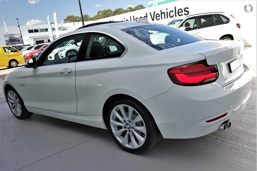 2017 BMW 230i Luxury Line