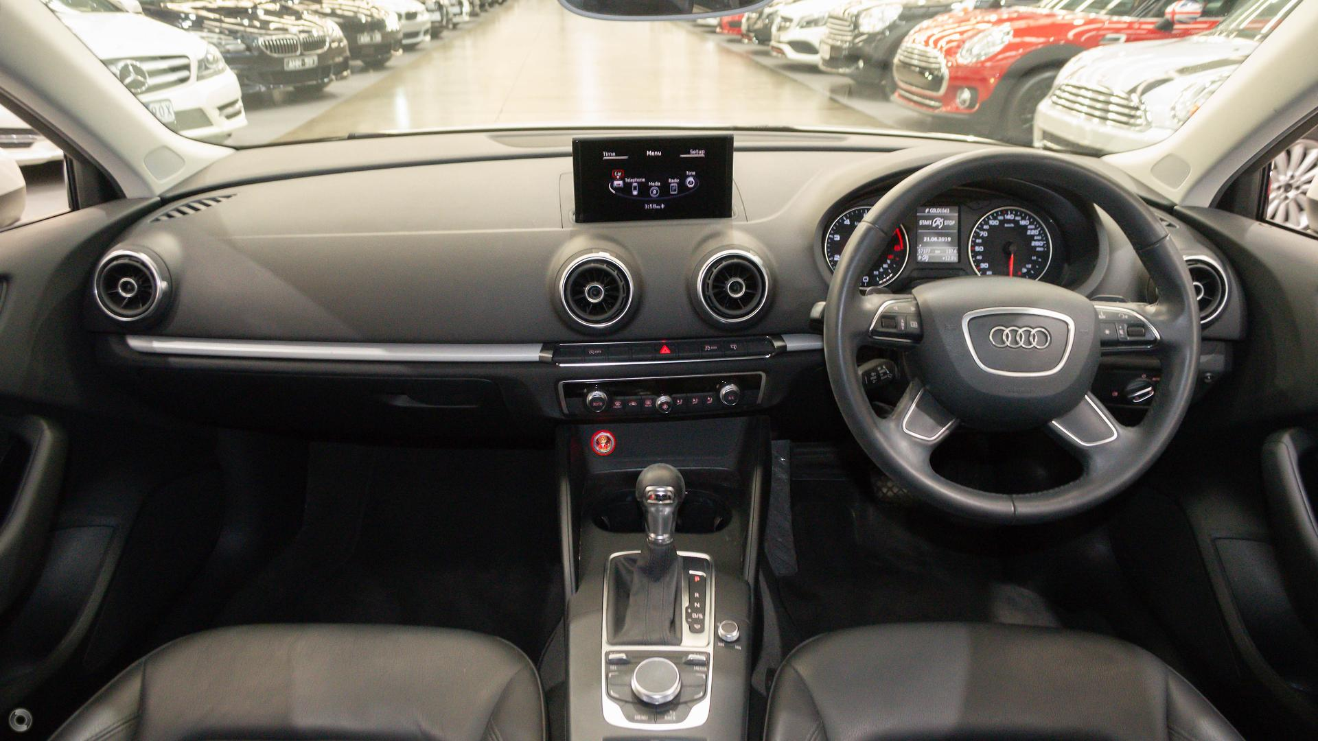 2013 Audi A3 Attraction 8P