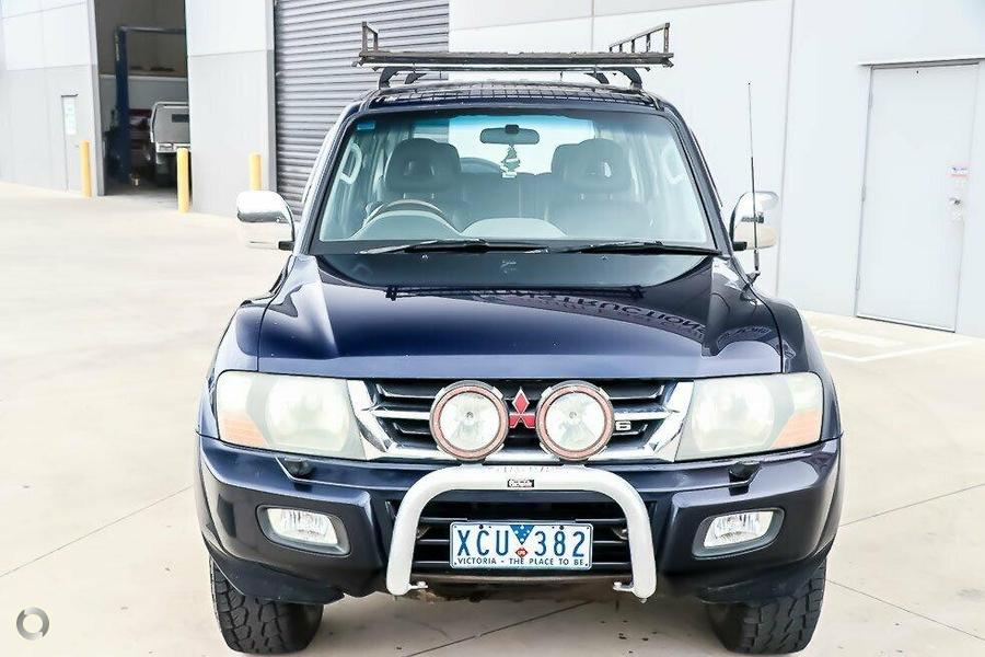2002 Mitsubishi Pajero Exceed NP