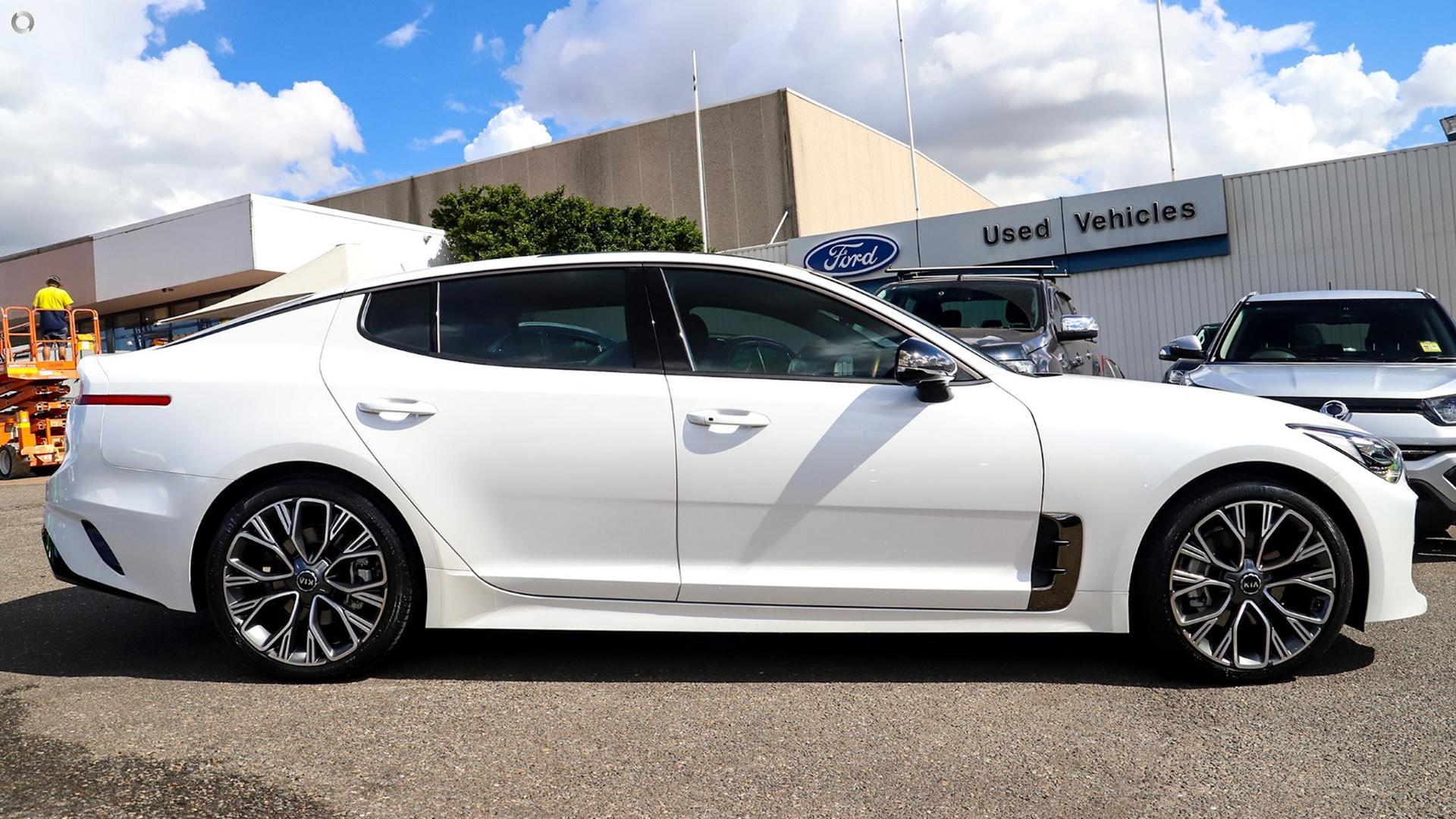 2017 Kia Stinger GT-Line CK