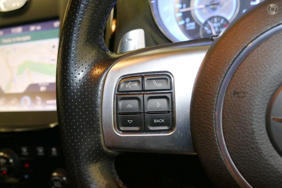 2015 Chrysler 300 SRT-8 Core Satin Vapour LX
