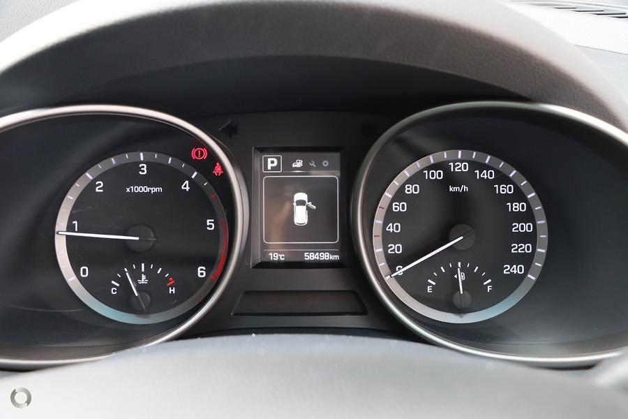 2017 Hyundai Santa Fe Active DM4 Series II