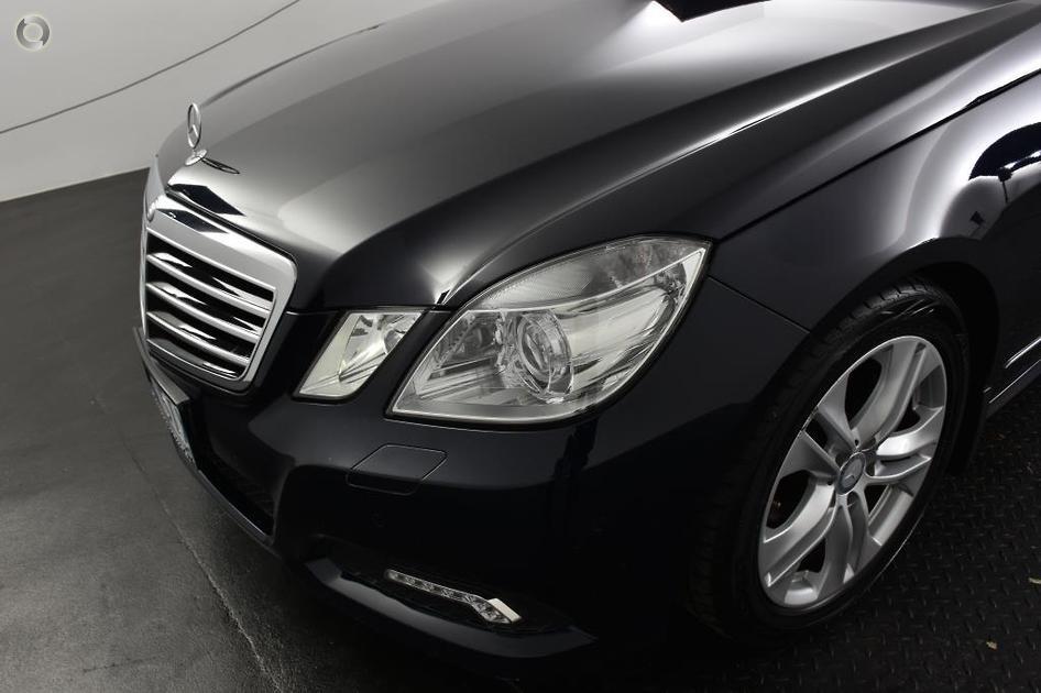 2010 Mercedes-Benz E 250 CDI BLUEEFFICIENCY AVANTGARDE Sedan