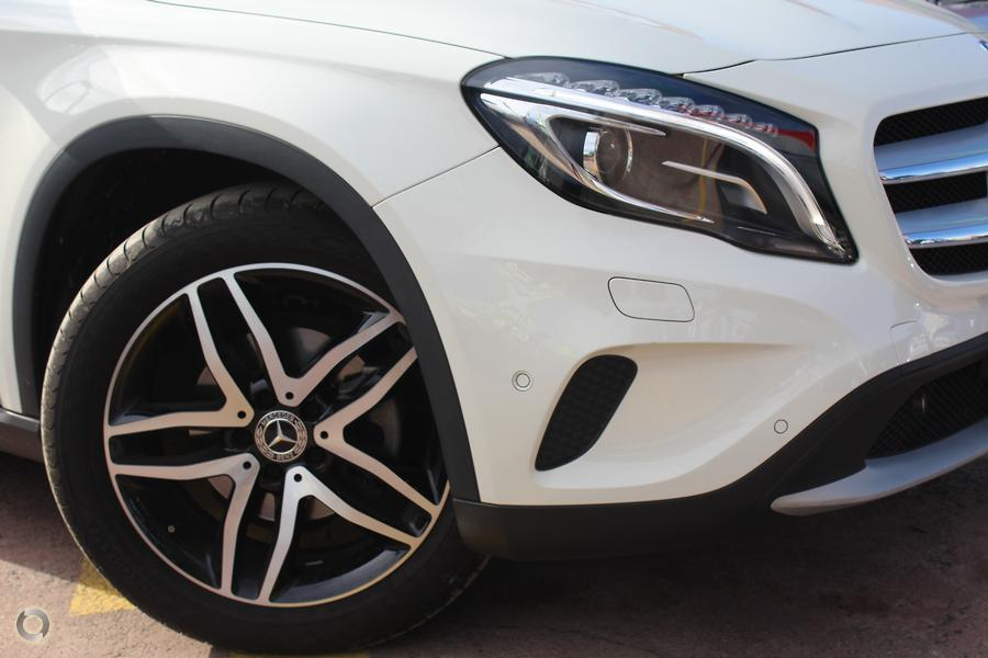 2016 Mercedes-Benz GLA180  X156