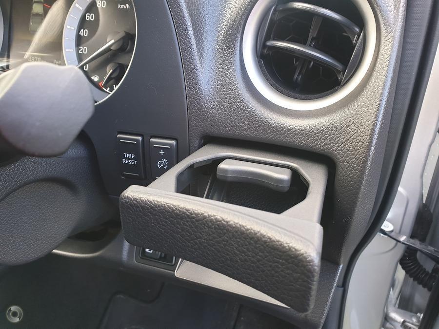 2018 Nissan Navara ST-X D23 Series 3 - Peter Stevens Motorworld