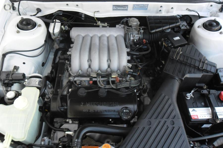 2002 Mitsubishi Magna Advance TJ Series 2