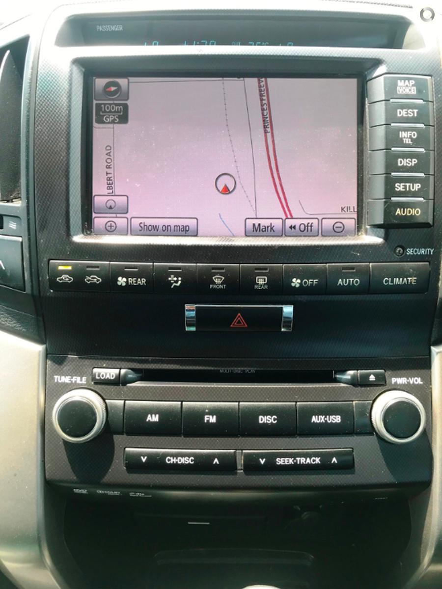 2011 Toyota Landcruiser Sahara VDJ200R