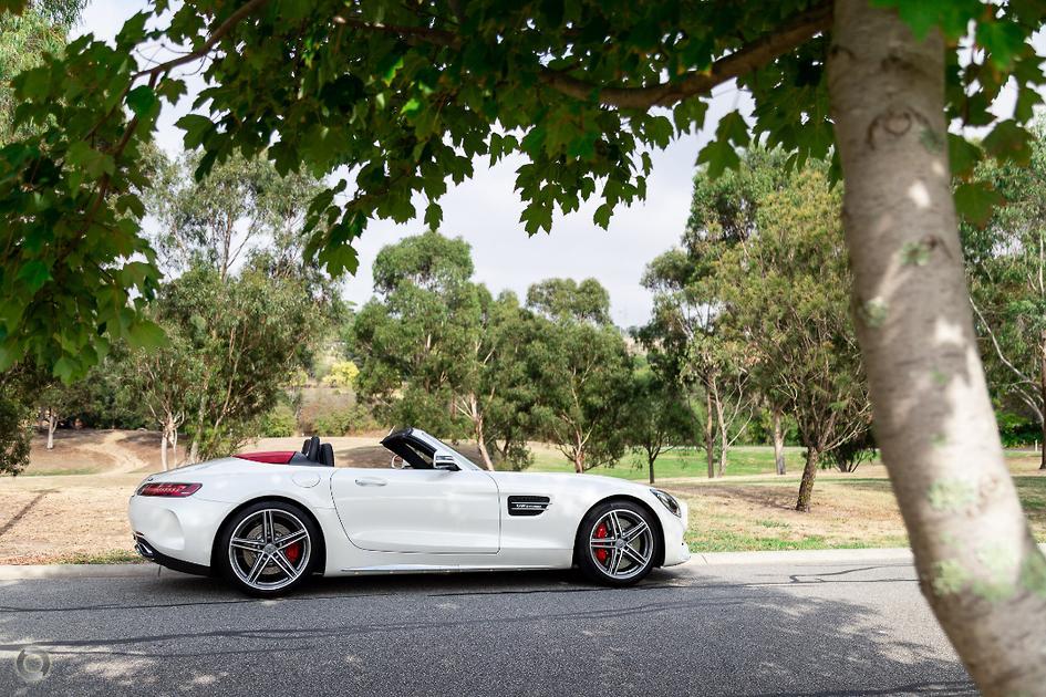 2017 Mercedes-Benz AMG GT Roadster