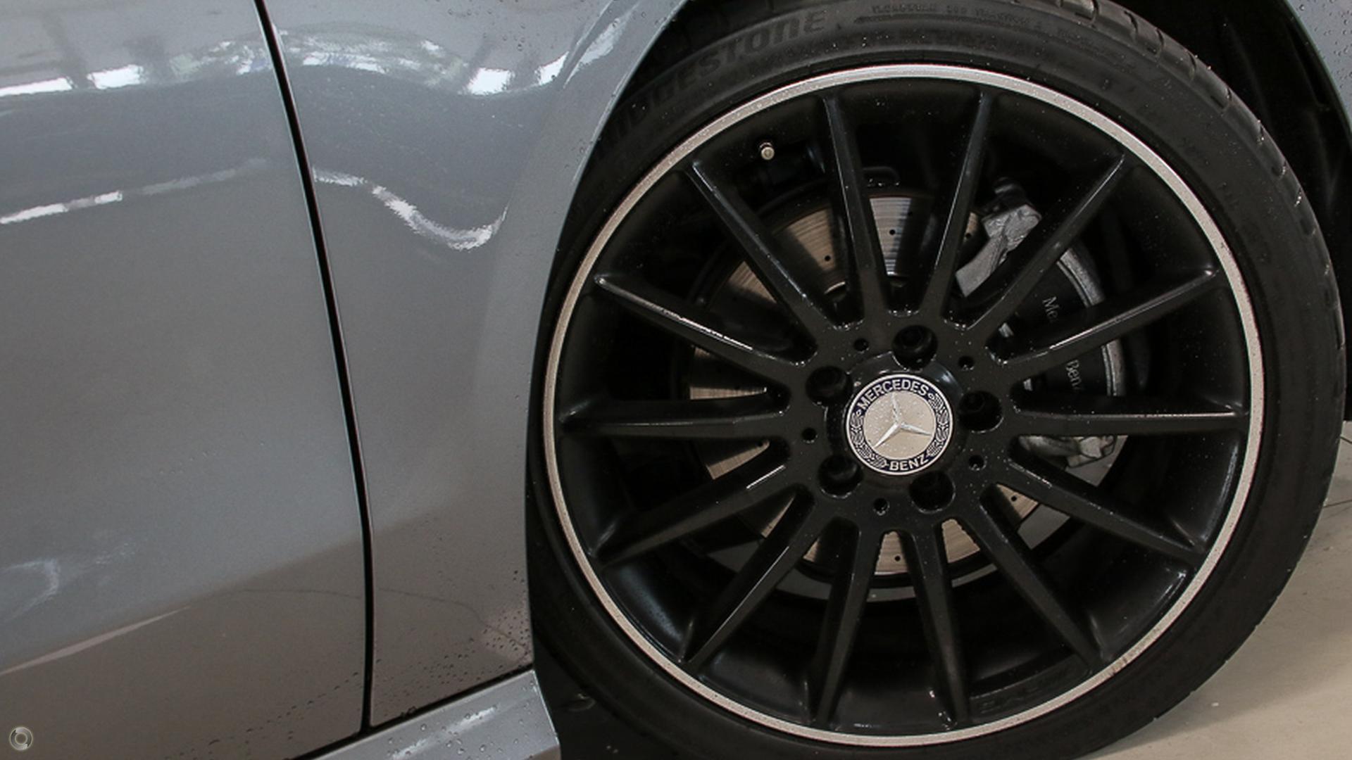 2013 Mercedes-benz Cla200  C117