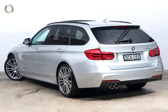 2015 BMW 330 i M Sport