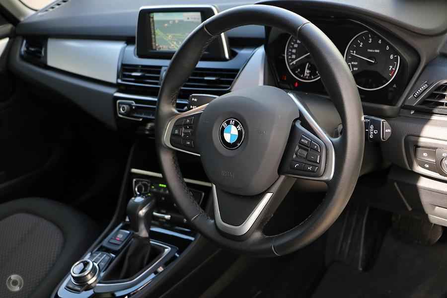 2018 BMW 218i Luxury Line
