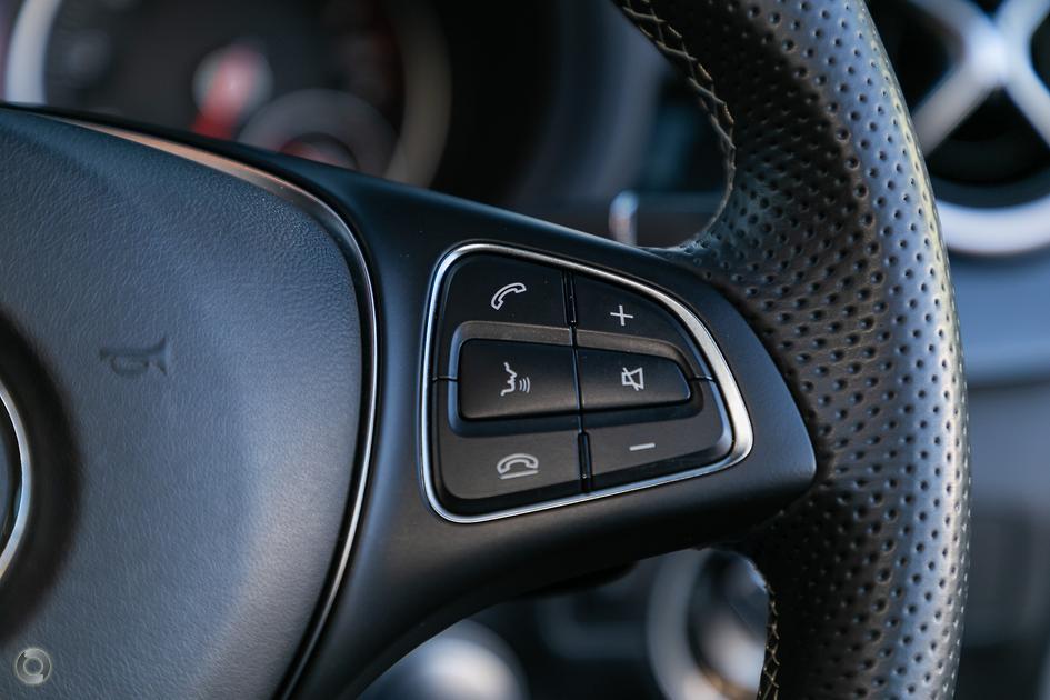 2015 Mercedes-Benz B 200 Hatch