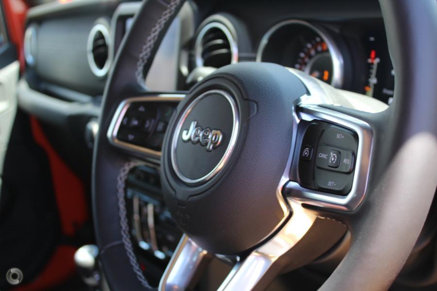 2018 Jeep Wrangler Overland JL