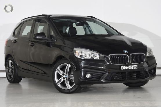 2015 BMW 218 i Sport Line