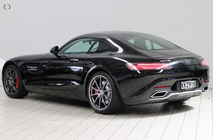 2017 Mercedes-AMG GT Coupe