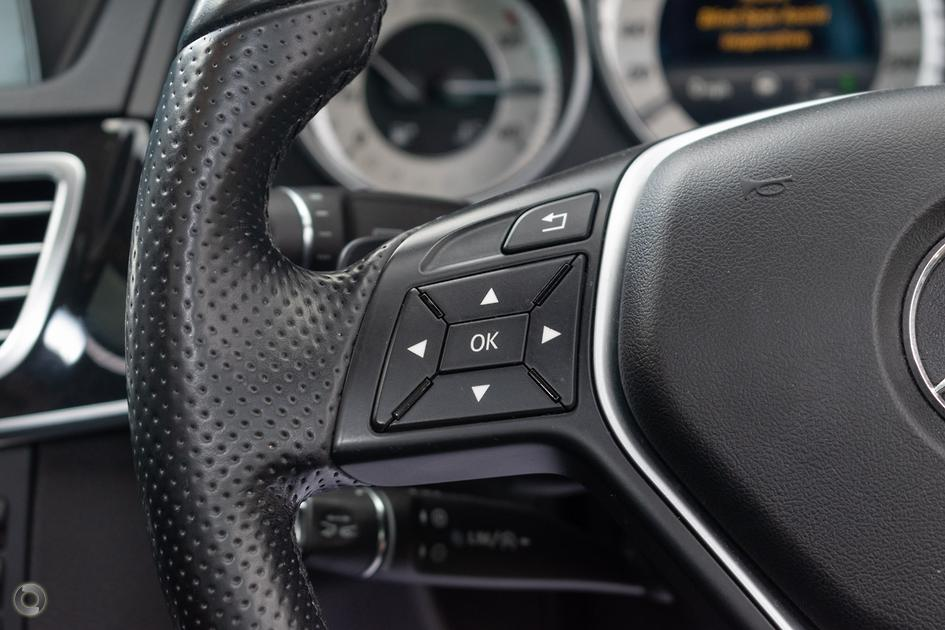 2013 Mercedes-Benz E 220 CDI Sedan
