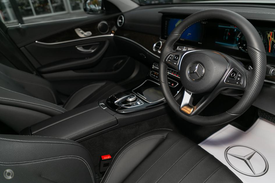 2019 Mercedes-Benz E 220 Sedan