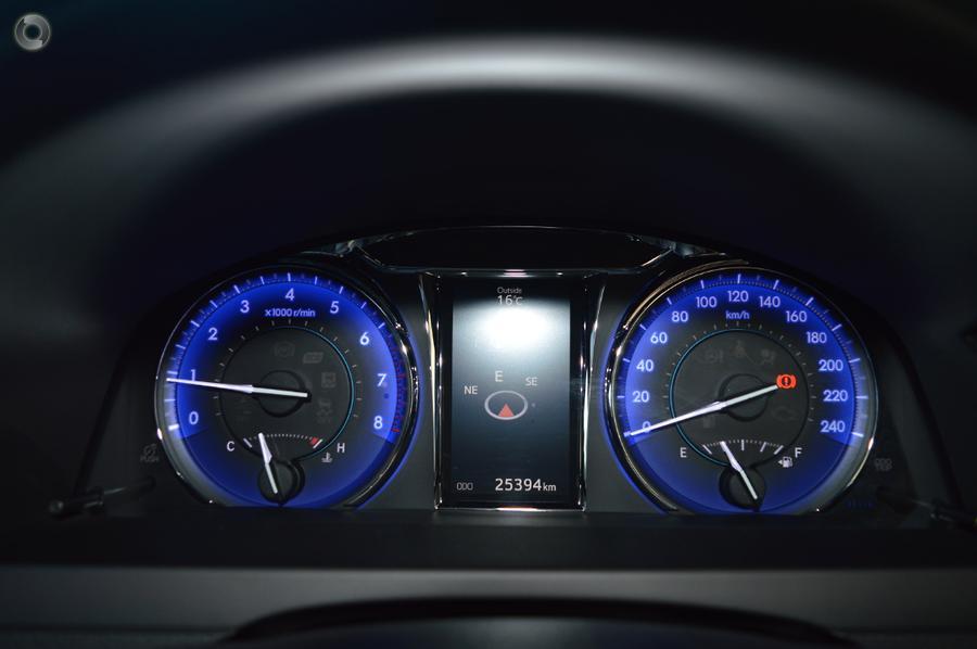 2017 Toyota Camry Atara SL ASV50R
